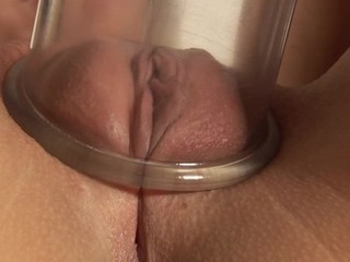 Fingering her concupiscent cum-hole deeply pleases enchanting beauty